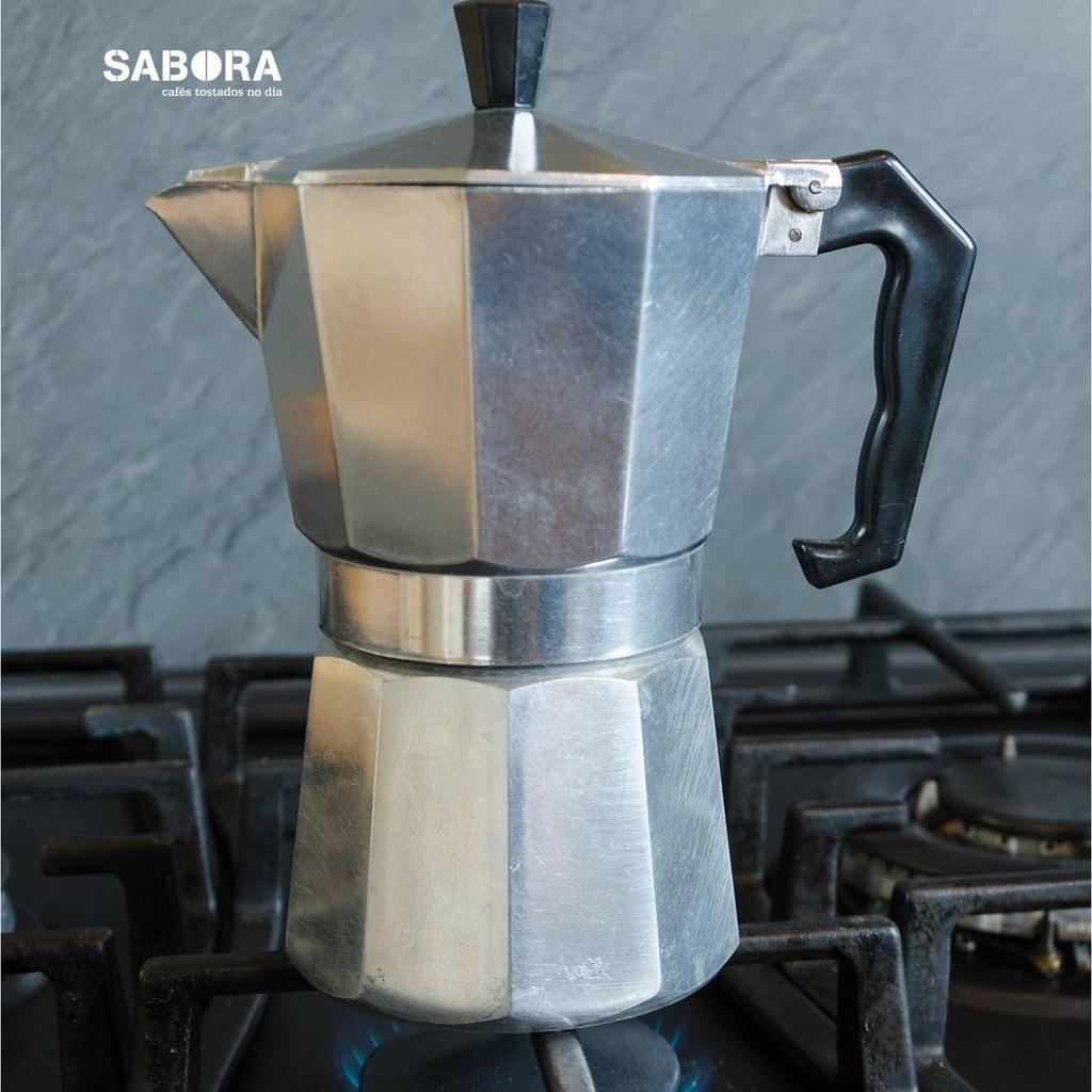Cafetera Moka al fuego