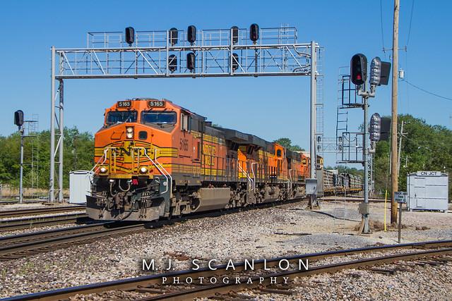 BNSF 5165 | GE C44-9W | BNSF Thayer South Subdivision