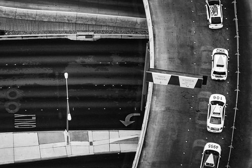 overpass cars taxis street bw above pattern graphic lasvegas usa canadapt