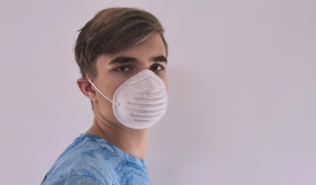 COVID-19-perte-odeur-et-de-goût-validées-comme-symrômes
