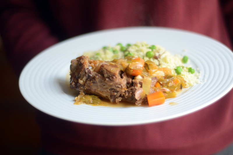 Uma Páscoa diferente (e a receita de borrego estufado com cuscuz do chef Hermínio Costa)