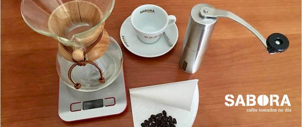 Preparados para hacer un cafe de filtro