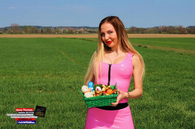 Ostern mit Jessy, 04/2020.