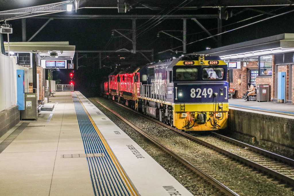 Pacific National's 4124 - Thornleigh, NSW - 21/07/2019