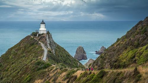 neuseeland newzealand clouds wolken ocean meer pacific lighthouse leuchtturm felsen rocks viewpoint catlins southisland saariysqualitypictures