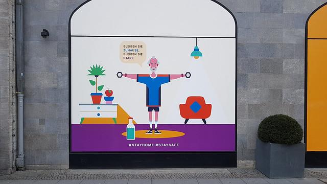 20200413 Berlin Schöneberg Tauentzien KaDeWe Schaufenster (8)