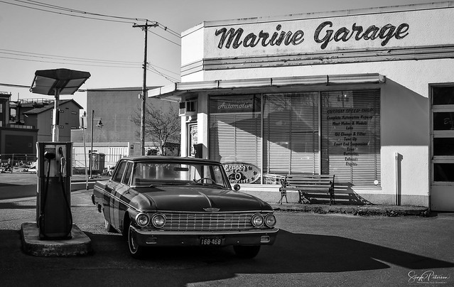 Marine Garage (Vintage Gas Station) Explored