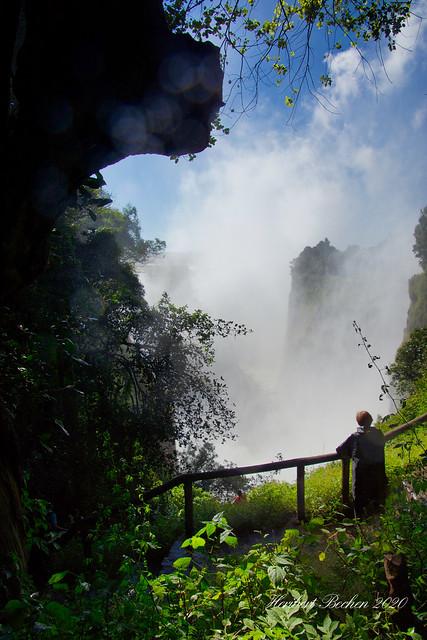 DSC05274 L4  Victoria Falls
