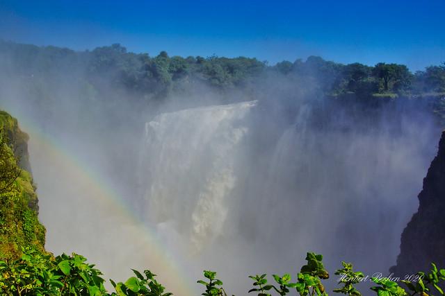 DSC05310 L4 Victoria Falls