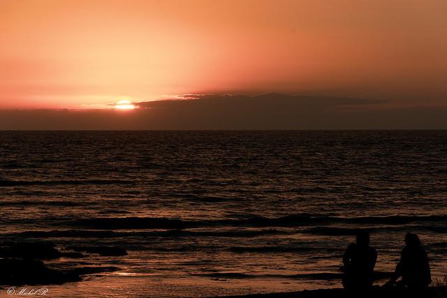 Coucher de soleil sur l'océan.