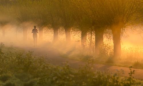 running fit socialdistancing sunrise twoudt middendelfland guidodekleijn nikonz6 nikon landscape