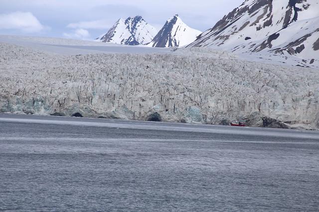 The Esmark glacier, Isfjord