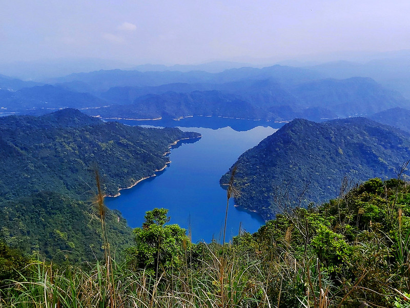 From a different trail to see Feitsui Reservoir in Xindian