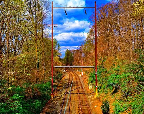 R3 Line