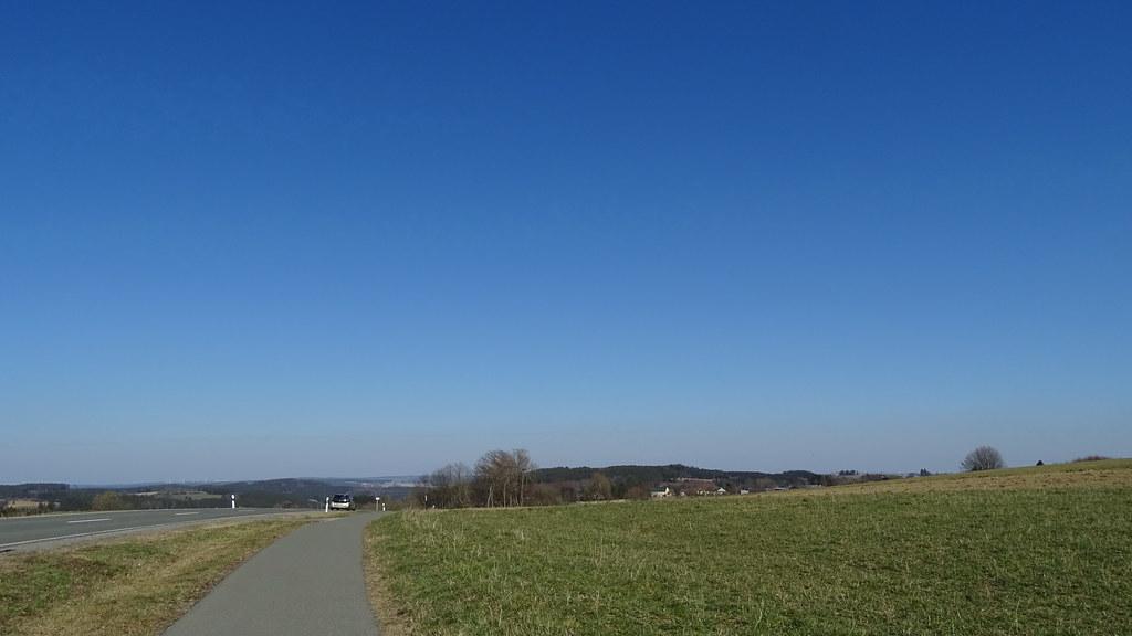 Blauer Himmel bis z. Fichtelgebierge