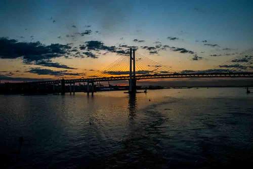 nikon5300 yokohama asia city cruise japan port ship tokyo tourist worldcruise geo:lat=3545713699 geo:lon=13967058005 geotagged 201903120729040 bridge sunrise sky clouds