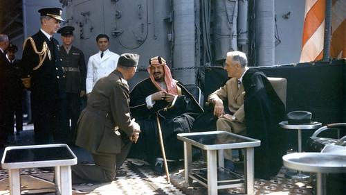 encuentro entre Roosevelt y el rey Ibn Saud en el USS Quincy