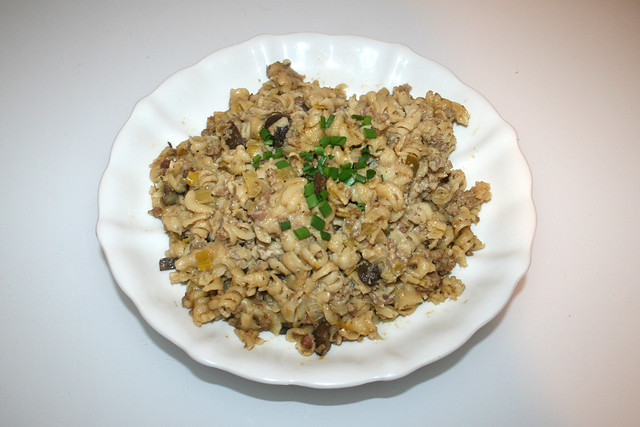 Fusilli pot with leek & mushrooms - Leftovers I / Spirelli-Topf mit Lauch & Pilzen - Resteverbrauch I