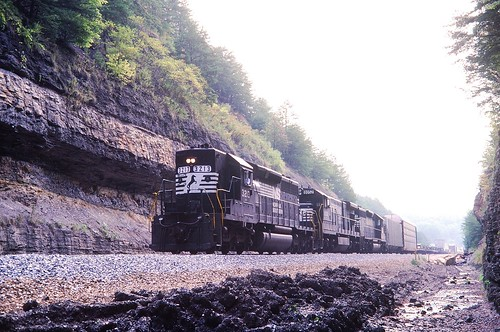 norfolksouthern sd402