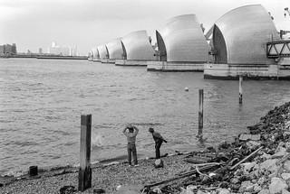 Thames Barrier, Charlton, Greenwich, 1985 85-4j-56