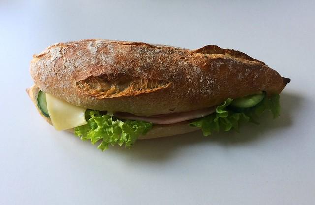 Cheese ham baguette / Käse-Schinken-Baguette