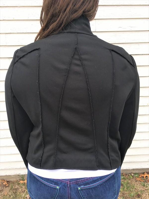 Vogue 8932 Jacket in Black Ponte