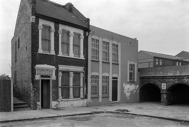 Charlton Mosque, Ransom Rd, Charlton, Greenwich 85-2h-21