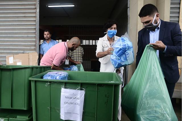 Fábrica Social entrega máscaras para Secretaria de Estado de Saúde do Distrito Federal