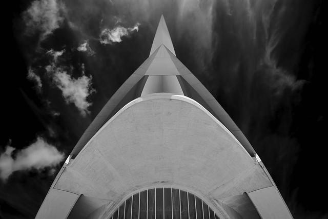 Calatrava's  ^sting^