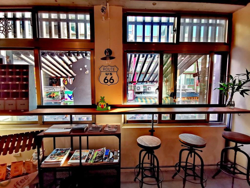 新北淡水【P Café】老宅咖啡♥老街單品咖啡♥甜點下午茶♥淡水咖啡豆♥淡水捷運站美食♥鬧中取靜的藝文空間