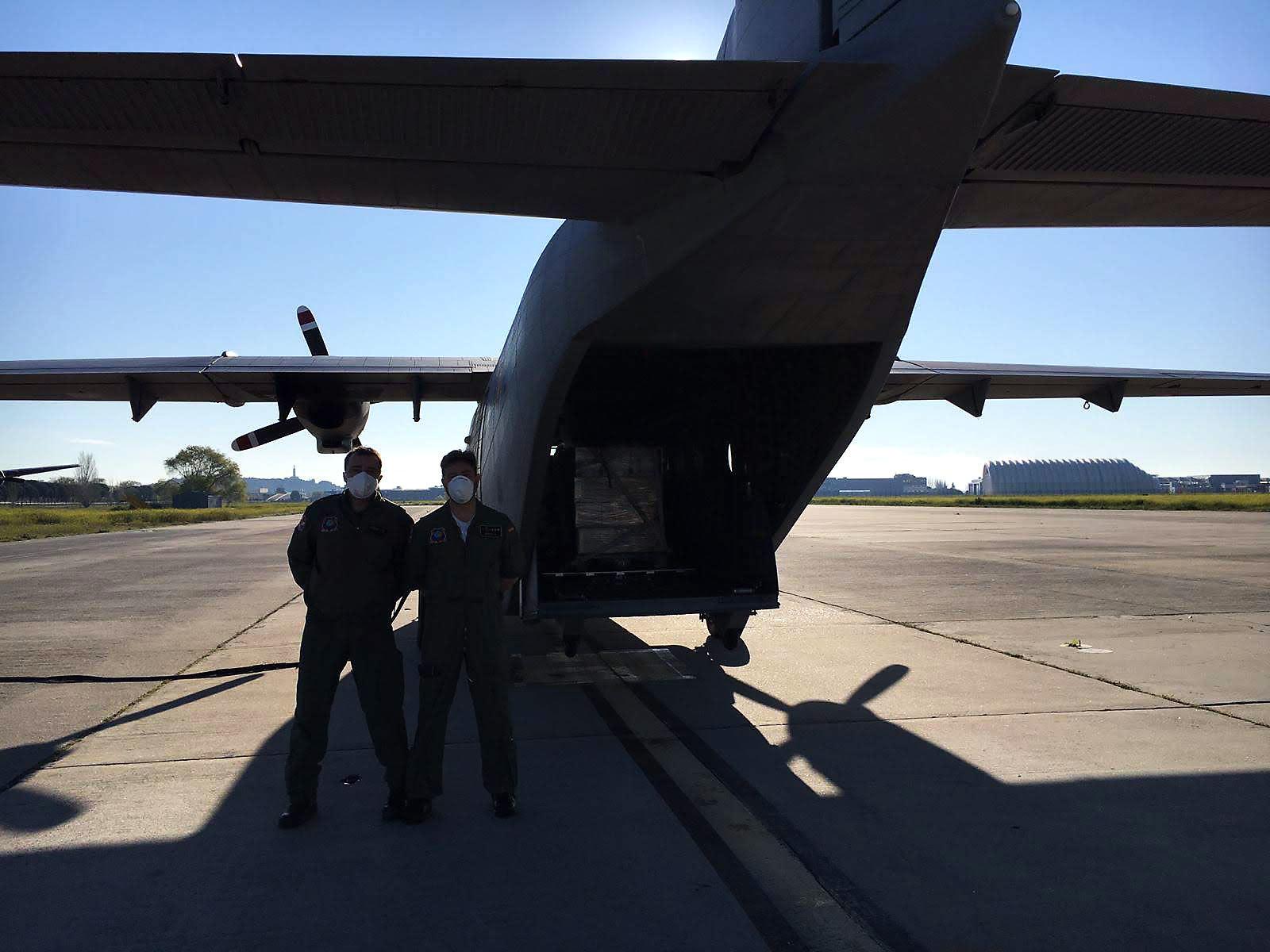 Aviadores contra el COVID-19