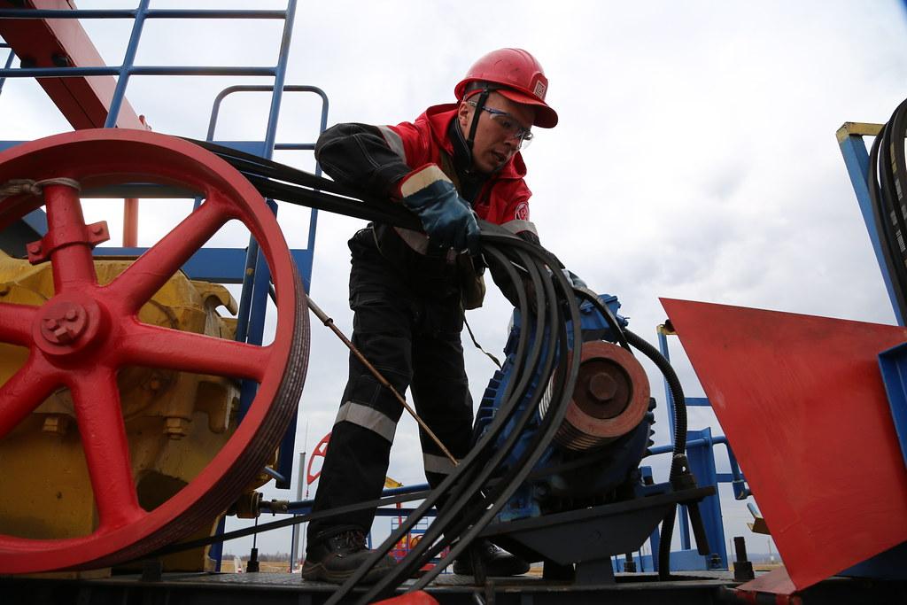 Саудовская Аравия решила нанести очередной удар по России в нефтяной войне НЕФТЕГАЗОВАЯ