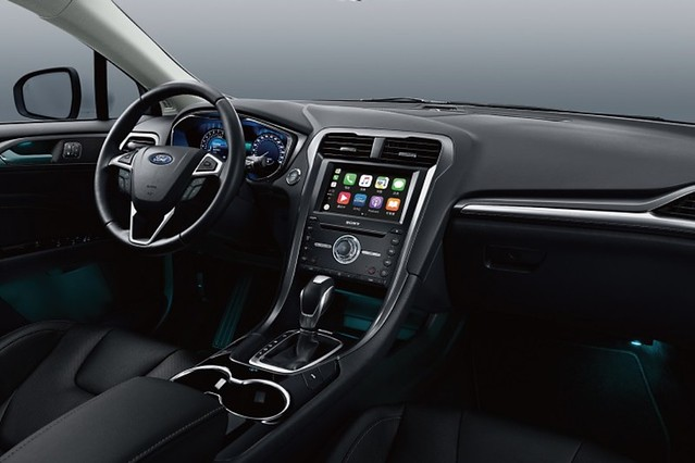 【圖五】搭載SYNC3娛樂通訊整合系統的8吋LCD彩色觸控螢幕支援Apple CarPlay 與Android Auto