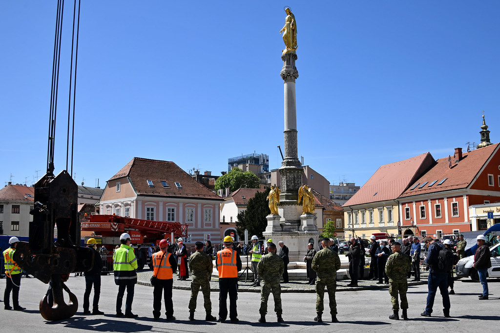Hrvatska vojska pomoći će u uklanjanju dijela tornja zagrebačke katedrale