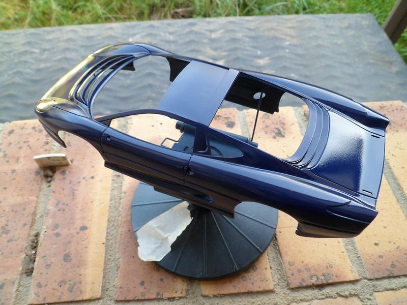 Pas-à-pas : Jaguar XJ 220 [Revell 1/24] *** Terminé en pg 5 - Page 2 49781117457_4e0d1478c3_c
