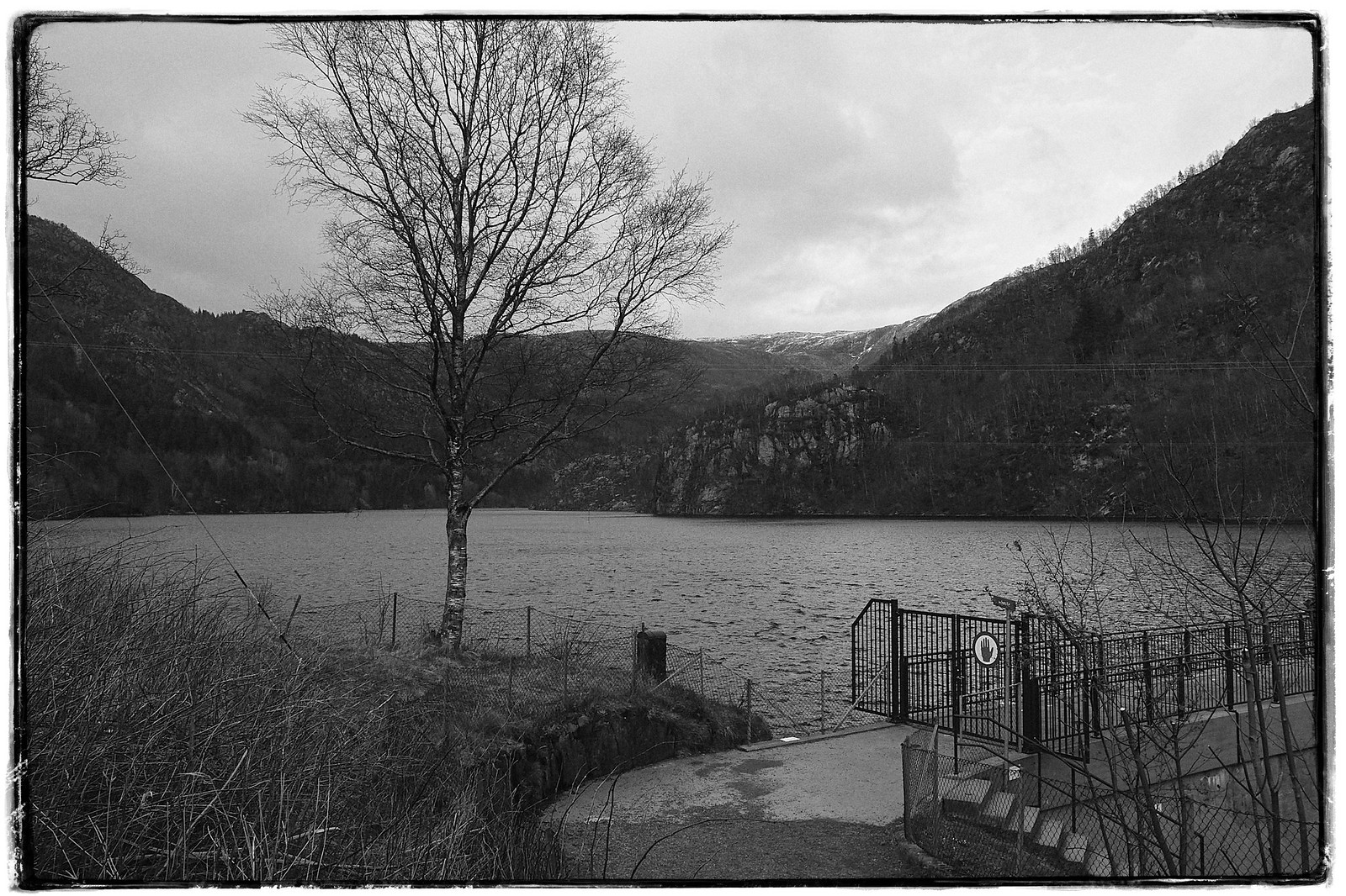 Frames: Svartefjorden