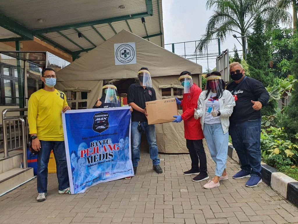 Aksi sosial Indonesia Max Owners (IMO) membantu pencegahan corona
