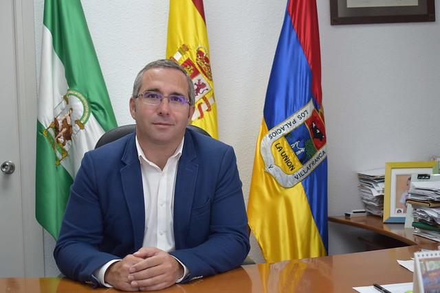 Alcalde de Los Palacios y Vfca