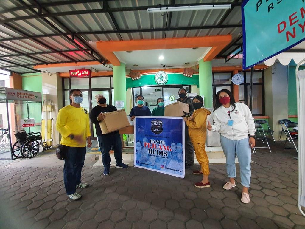 Aksi sosial Indonesia Max Owners (IMO) membantu pencegahan corona (4)