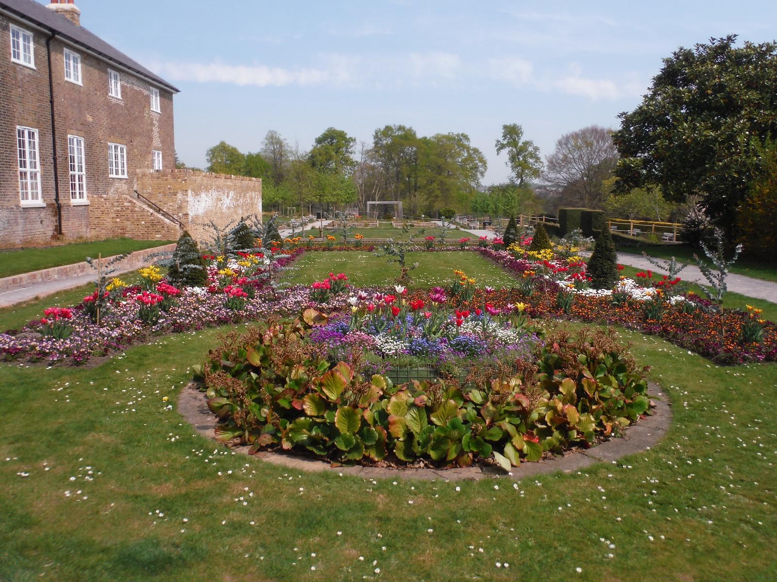 Ornamental Gardens SWC Short Walk 46 - Beckenham Place Park (Ravensbourne to Beckenham Hill)