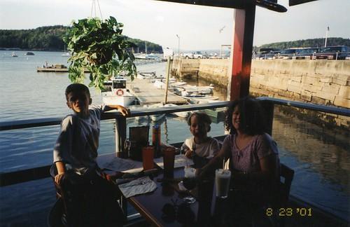 2001.08.23.9