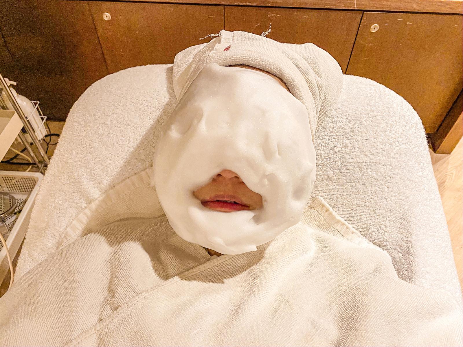 台北按摩作臉Her Spa評價|毛孔緊緻護理!非侵入性的無痛除粉刺課程