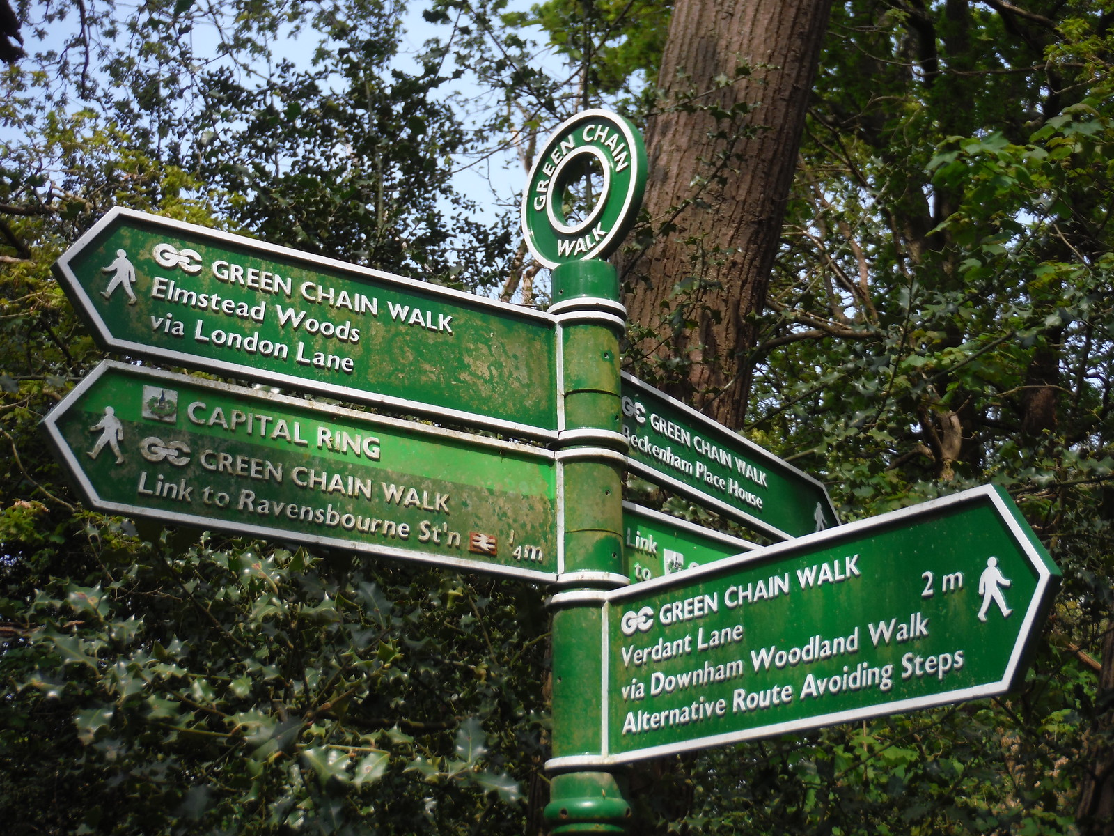 Green Chain Walk Signpost SWC Short Walk 46 - Beckenham Place Park (Ravensbourne to Beckenham Hill)