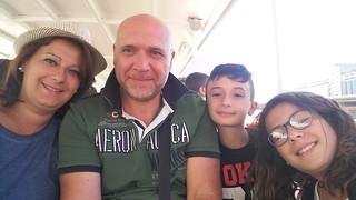 Ilaria insiema al marito Francesco e ai figli Pierluigi e Arianna