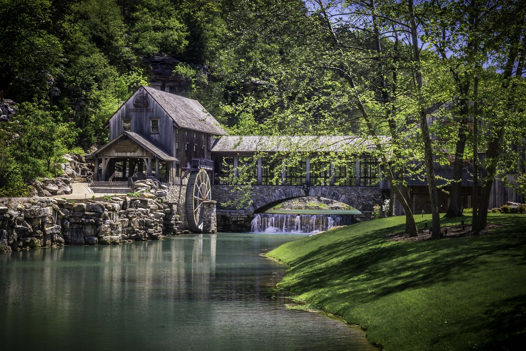 Dogwood Canyon Grist Mill
