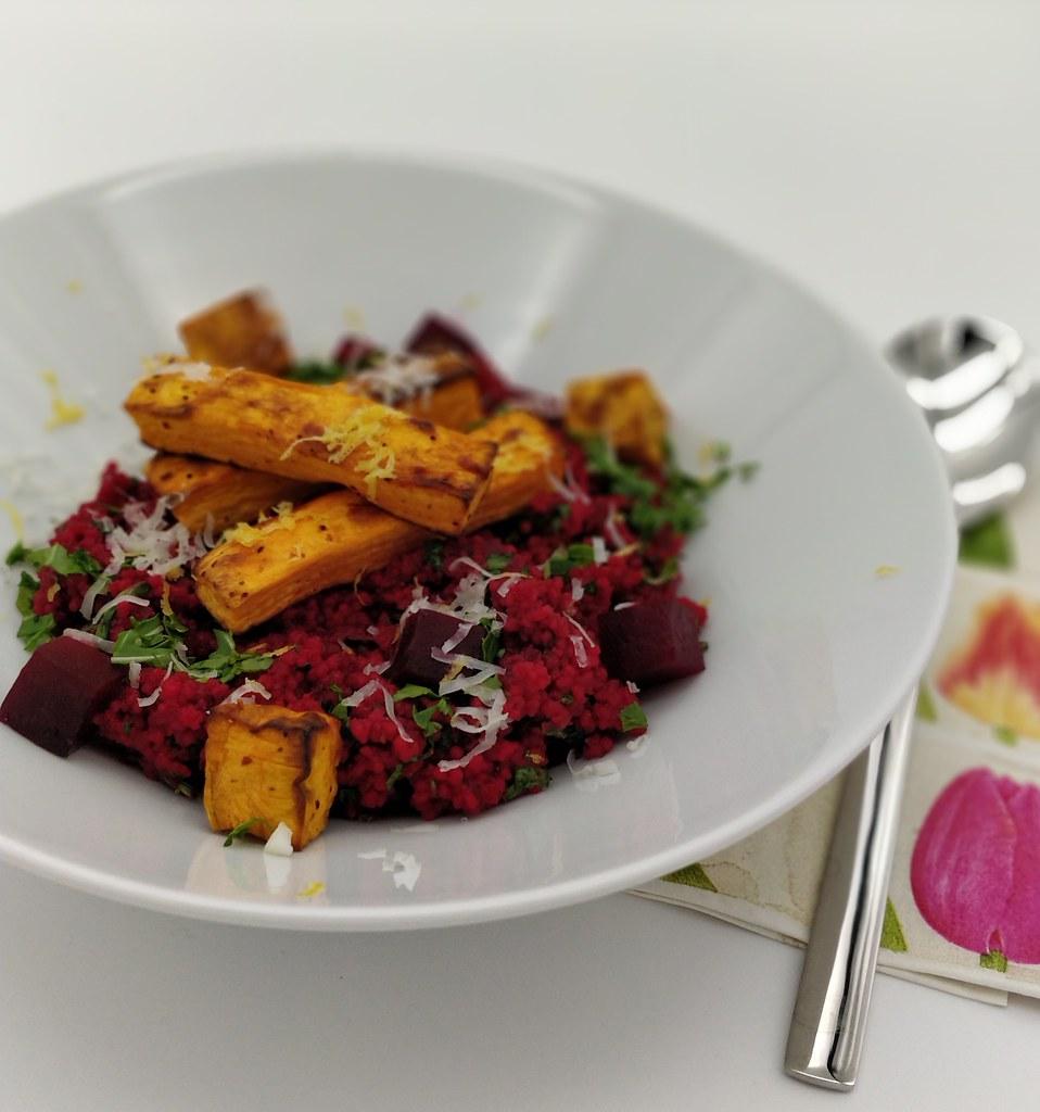 Rote Rüben Couscous mit Süßkartoffeln