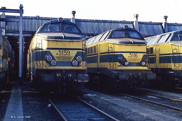 SNCB 5159 + 5116 Antwerpen-Dam 16-10-1994 (011509)