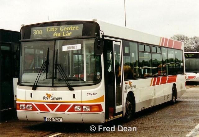 Bus Eireann DWM7 (00D96293).