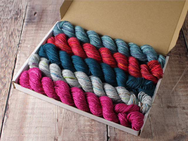 Favourite Sock Minis 5 x 20g Letterbox Lucky Dip – pure Merino wool superwash 4 ply / fingering hand dyed yarn miniskeins