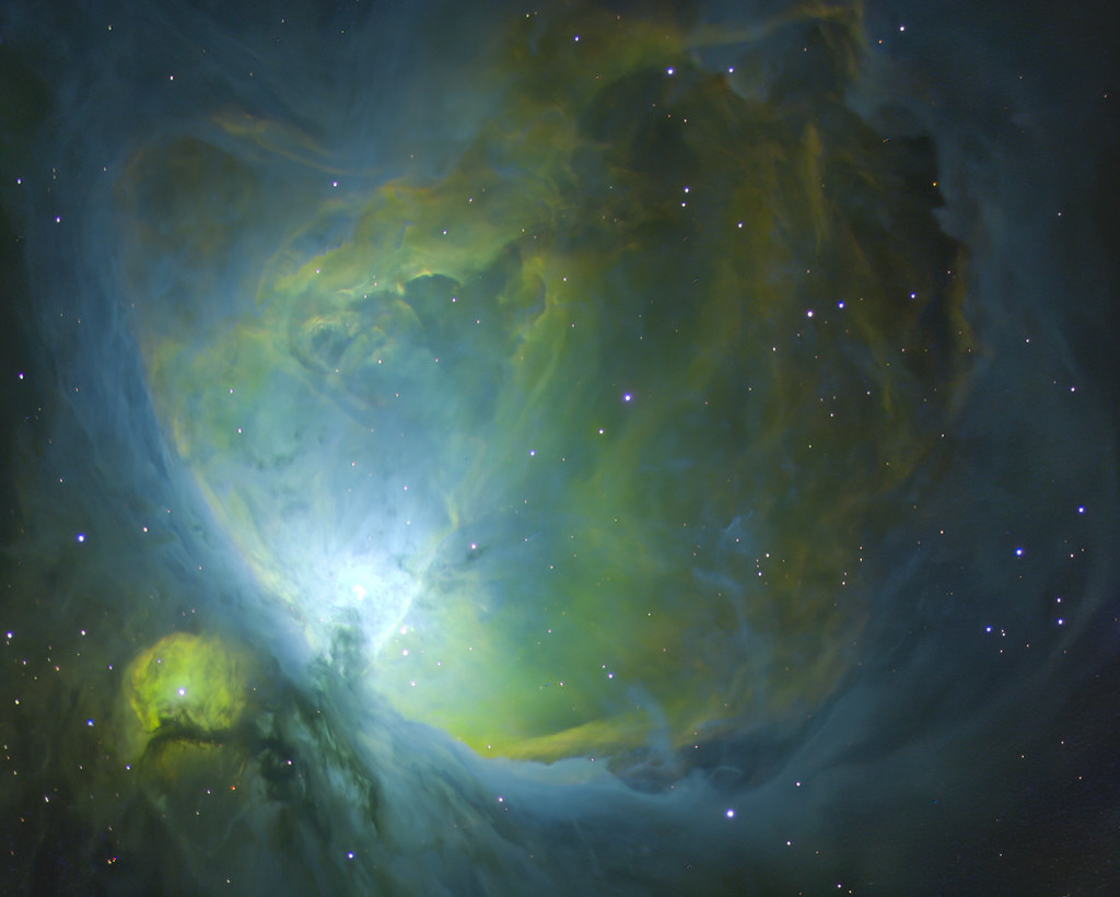 M42 - Orion nebula in HST palette